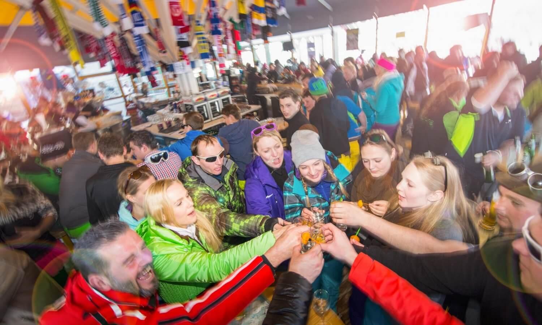 Apres Ski Schirmbar Hintertuxer Gletscher