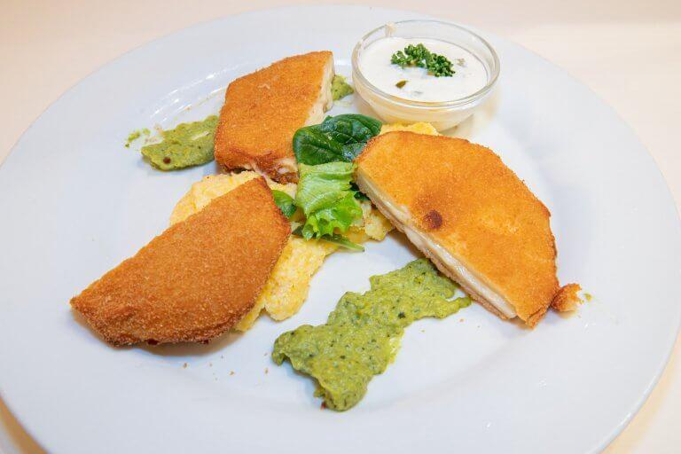 Sellerie-Cordon-bleu mit Cremepolenta