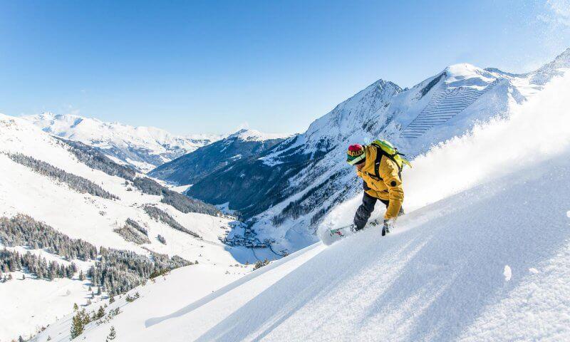 Snowboarder Powder Hintertux
